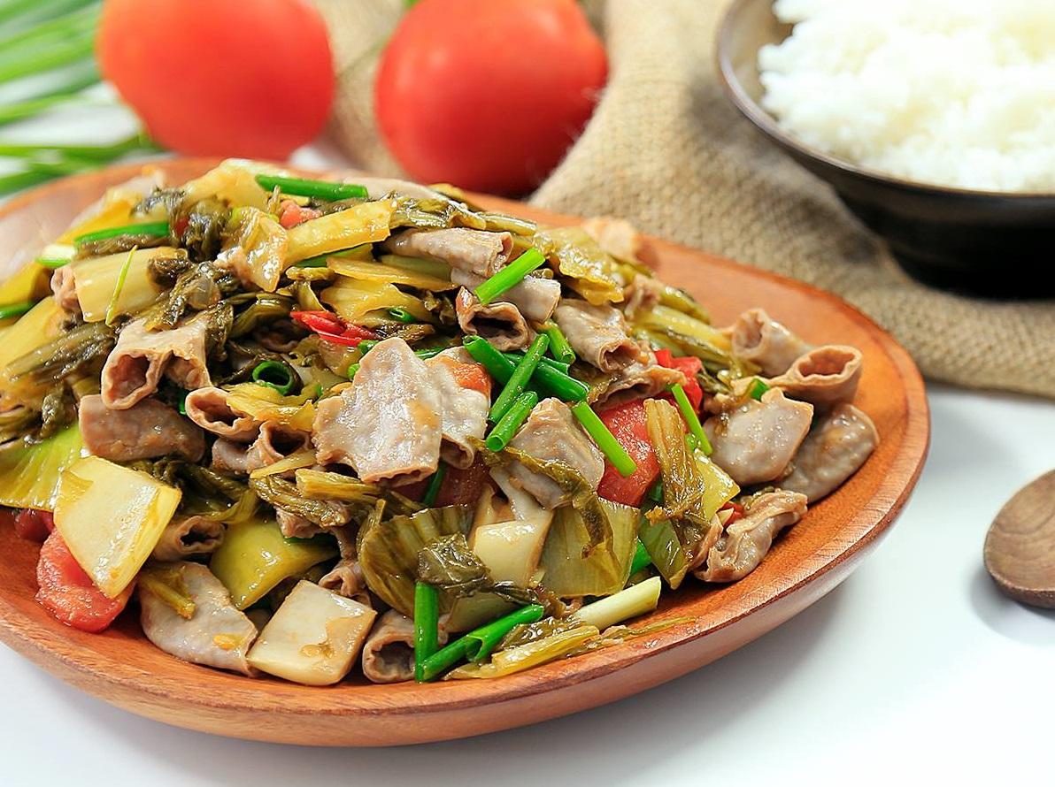 Cách xào lòng lợn với dưa chua ngon cơm không tưởng | ĐVP Market